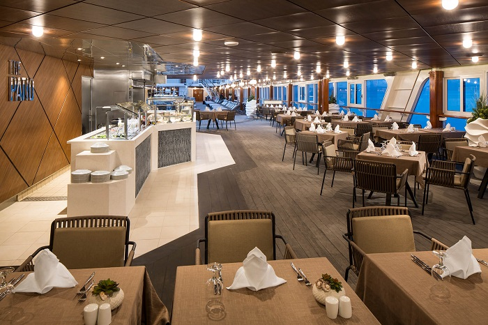 Azamara Quest luxushajó